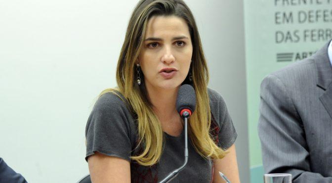 FILHA DE GAROTINHO É CONDENADA POR OFENSA CONTRA DESEMBARGADOR