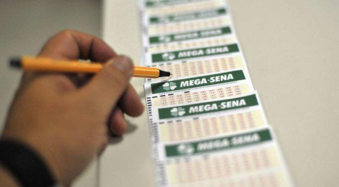 Comissão da Câmara debate projeto de lei que limita prêmio da Mega-Sena